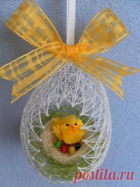 Самые нежные воздушные пасхальные яйца из ниток.