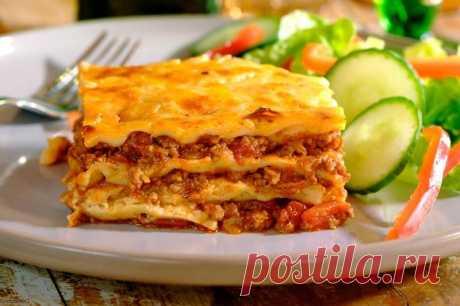 Как приготовить лазанью в домашних условиях с фаршем пошаговый рецепт с фото. Хочется приготовить что-то вкусное, приготовьте блюдо итальянской кухни - лазанью с фаршем.