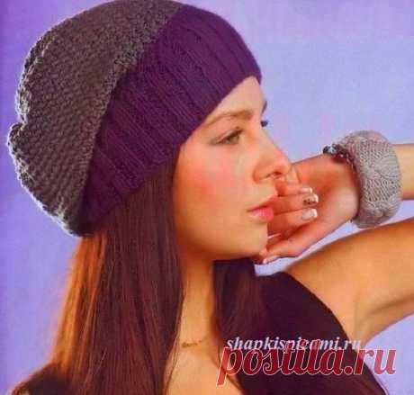 """Двухцветная вязаная шапка бини спицами. В журнале """"Вязание модно и просто"""" она была опубликована с ошибками, мой вариант доведен до ума."""