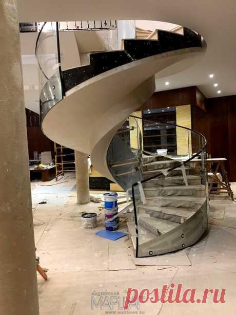 Изготовление лестниц, ограждений, перил Маршаг – Моллированные ограждения лестницы