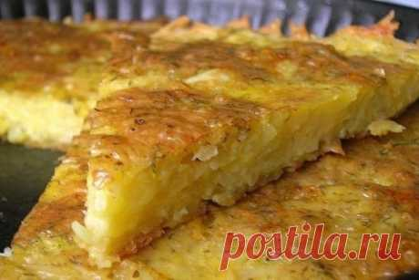 How to prepare grated potatoes casserole with cheese and garlic - the recipe, ingredients and photos