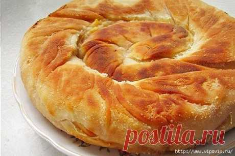 Слоеный пирог. Улитка из лаваша с мясом