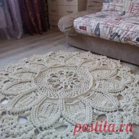 Ажурный коврик или кружевная салфетка украсят наш быт!