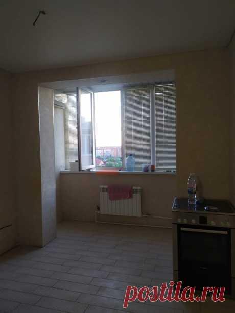 Продам двухкомнатную квартиру в городе Краснодар, по адресу: Чайковского, 23 на 6 этаже 6-ти этажного кирпичного дома. В квартире 2 сан.узла, очень большая кухня-гостиная-22 кв. м., две спальни по 16 кв. м. Общая площадь квартиры составляет 68 кв.м. В квартире сделан шикарный ремонт, остается огромный встроенный шкаф-купе, имеется видео наблюдение и автономное отопление. Цена 2 600 000. Все вопросы по телефону: +7-918-251-15-63 Ирина