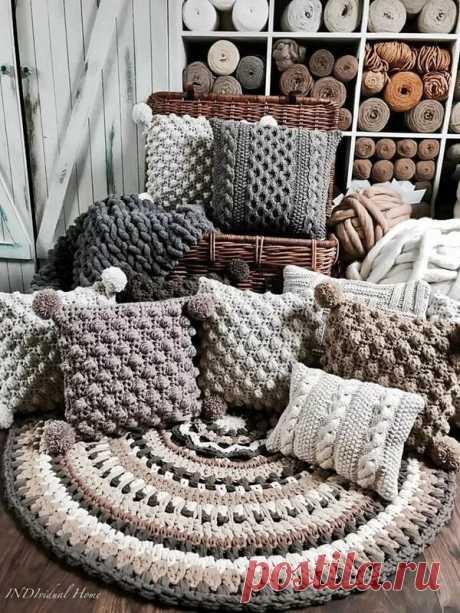 Вязаные чехлы для подушек в интерьере