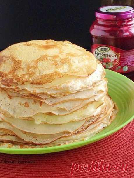 500 мл теплого молока 2 яйца соль, сахар по вкусу 1,5 стакана муки, примерно 3 ст.л растительного масла Соединить все ингредиенты, перем...