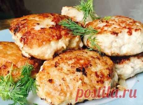 Беру скумбрию и готовлю потрясающие ленивые котлеты без мясорубки