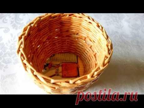 Плетение из газет Корзинка конфетница