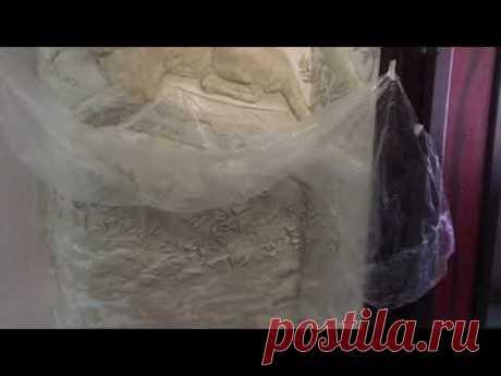 Ловим пыль при создании барельефа / художник Наталья Боброва