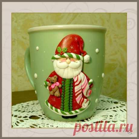 """Чашка с декором из полимерной глины """"Дед мороз"""""""
