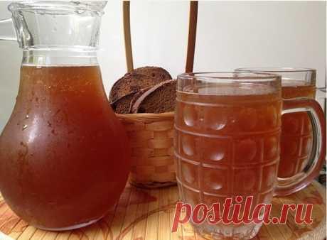 Вкусно, быстро, обалденно, не отличить от бочкового! - 5 литров холодной воды,  - 2 столовых ложки цикория(обычного, без всяких добавок вкусовых) - чайную ложку лимонной кислоты - 650 гр сахара (если любите менее сладкий, то сахара можно взять 400 гр) Показать полностью…