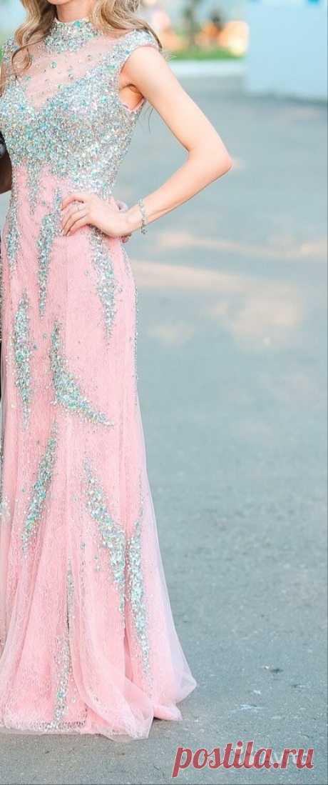 fc5236ef2b4 Вечернее платье купить в Республике Мордовия на Avito — Объявления на сайте  Avito