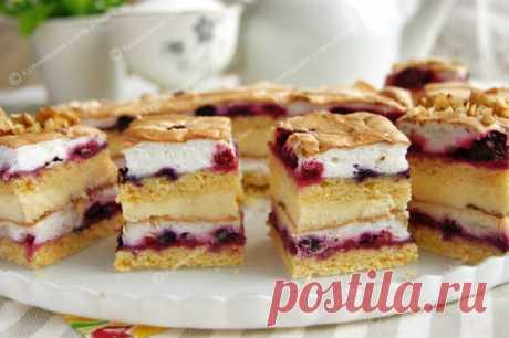 Incredibly tasty and very beautiful pastries – we prepare Polish plyatsok Pani Walevska