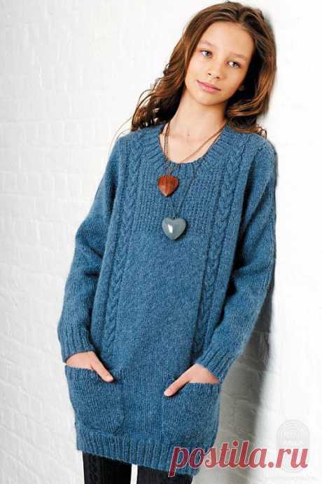 Эффектный удлиненный свитер, порадует всех любителей вязания, спицы
