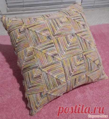 Чехол на подушку Карусель спицами в технике пэчворк, Вязание для дома