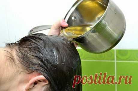 Спасающий травяной настой в период сезонного выпадения волос. Добрый совет, как быстро отрастить волосы - Anhealth.ru С проблемой выпадения здоровых волос к сожалению знакома лично. Когда у меня пучками начали выпадать волосы, первое что пришло на ум, это обрезать их. Однако стрижка не решила проблему. Каждая волосинка, отдельный организм, который проходит все стадии развития. Рождается, растет, переходит в период зрелости. Затем наступает «пенсионный» возраст и она отмирает и выпадает. На ее …