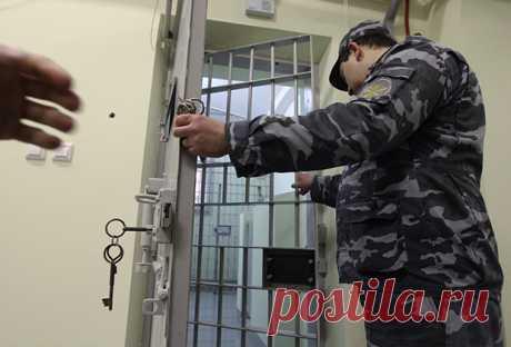 Российские силовики вступились за вора в законе. Чтобызащитить его, они угрожали боссам мафии: Преступная Россия: Силовые структуры: Lenta.ru