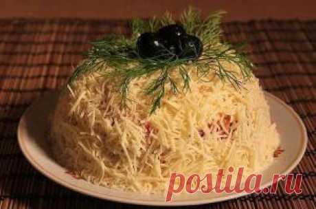 Салат Сырная фантазия  оригинальный салатик на приготовления которого  уйдет минимум времени, но при этом вкусный .