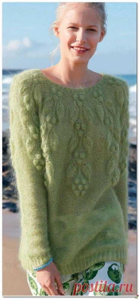 Красивый пуловер из мохера. Спицы.