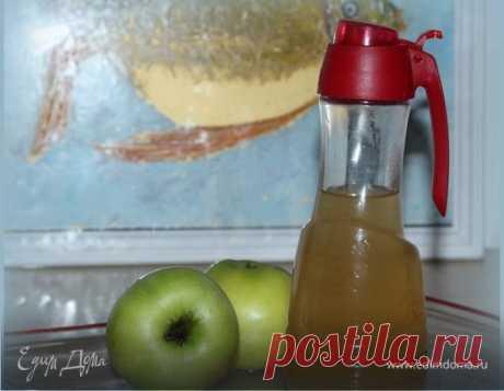Домашний яблочный уксус. Ингредиенты: яблоки зеленые, сахар, мед