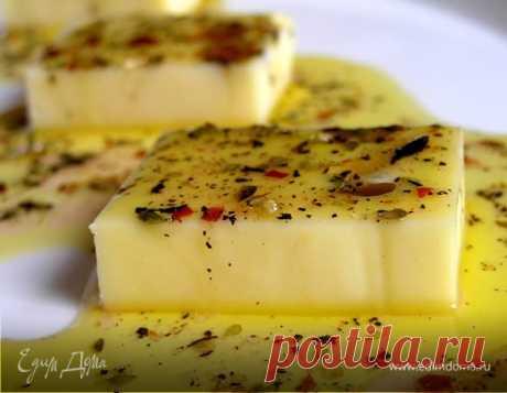 Маринованный сыр                    Очень вкусная, пикантная и быстрая закуска порадует Вас и Ваших гостей :)        Ингредиенты  250 г сыра эмменталь (гауда или мааздам); 100 мл оливкового масла; 3 ст. л. лимонного с…