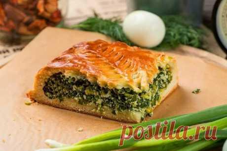 Ленивый пирог с зеленым луком и яйцом. в домашних условиях Ленивый пирог с зеленым луком и яйцом. Простые и быстрые рецепты вкусных заливных пирогов с зеленью в духовке, на сковороде, мультиварке