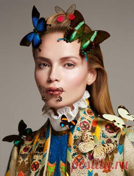 Лучшие платья Марии Грации Кьюри и Пьерпаоло Пиччоли для Valentino в съемках Vogue