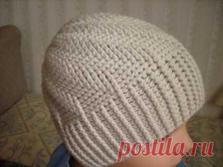 Симпатична шапочка, вяжем детям вместе с LILIA MANKKI