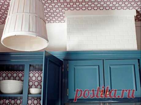 Поклейка обоев на потолок — Pro ремонт