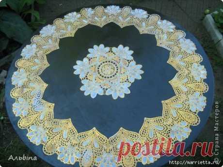Декорирование круглого столика виниловыми салфетками