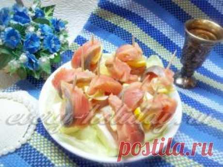 Канапе с красной рыбой и сыром - рецепт с фото