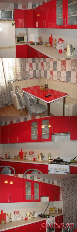 Кухня в красно-серых тонах | Школа Ремонта
