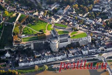 Амбуазский замок — историко-архитектурный комплекс во Франции. Часть 2.