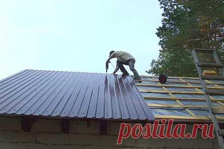 Как правильно крепить профнастил на крышу саморезами - пошаговая инструкция