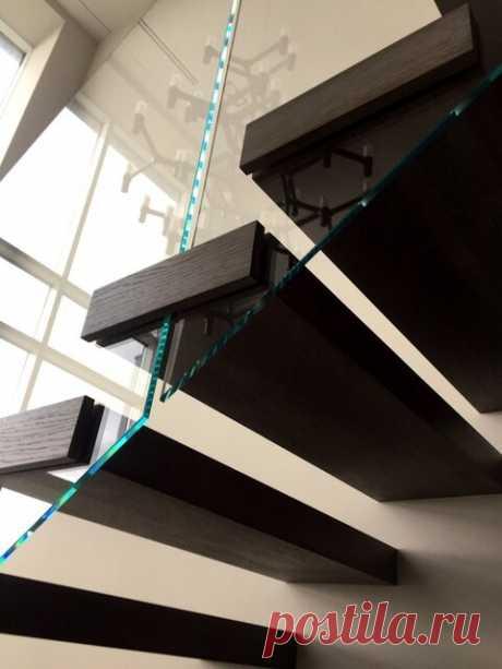 «Квартира в два этажа, стены и перекрытия бетон,. какую лестницу с ограждением выбрать» – Яндекс.Знатоки