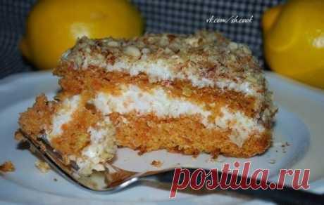 Как приготовить морковный торт со сметанным кремом - рецепт, ингредиенты и фотографии