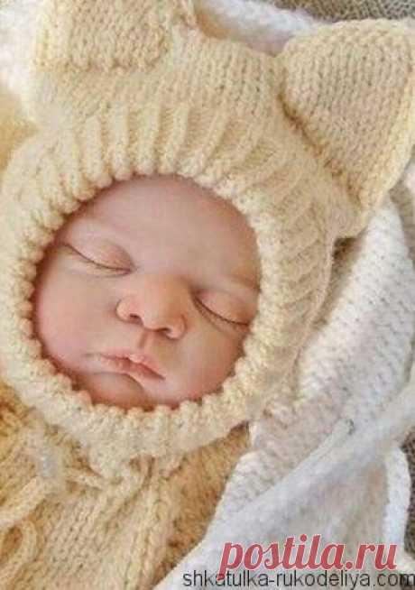 Шапка-шлем для малыша Шапка-шлем для новорожденного спицами. Забавная шапка с ушками для новорожденного. Описание вязание смотрите ниже…