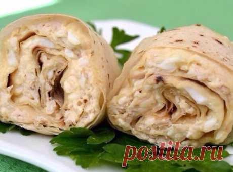 Рулет из лаваша с курицей и плавленым сырком / Bon Appétit | - Проще рецепты не бывают | Сайт для гурманов!
