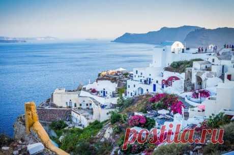 В Грецию иностранных туристов будут пускать по штрих-коду Уточняется, что до 31 августа иностранным туристам, отправляющимся в Грецию на регулярных или чартерных рейсах, необходимо за 48 часов до вылета заполнить анкету.