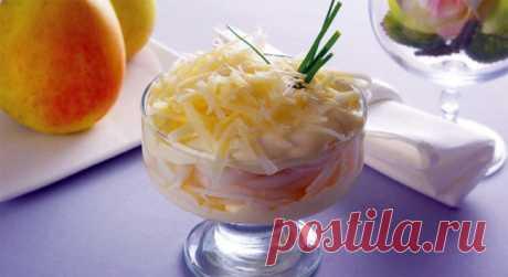 Слоеный салат из репчатого лука и сыра - Пошаговый рецепт с фото своими руками Слоеный салат из репчатого лука и сыра - Простой пошаговый рецепт приготовления в домашних условиях с фото. Слоеный салат из репчатого лука и сыра - Состав, калорийность и ингредиенти вкусного рецепта.