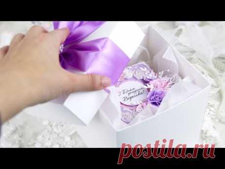 Цветочная коробочка с сюрпризом на Совершеннолетие / Скрапбукинг / Открытка с цветами ручной работы