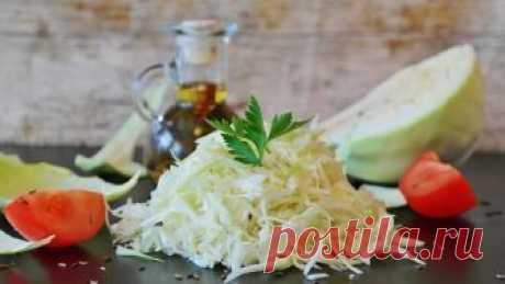 Салаты из капусты: ТОП-5 самых вкусных и полезных Салат из свежей капусты- отличный вариант для тех, кто следит за фигурой
