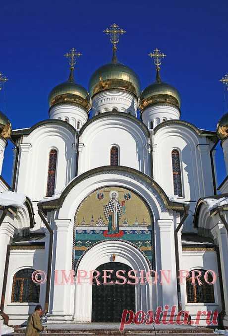 Собор Никольского монастыря.