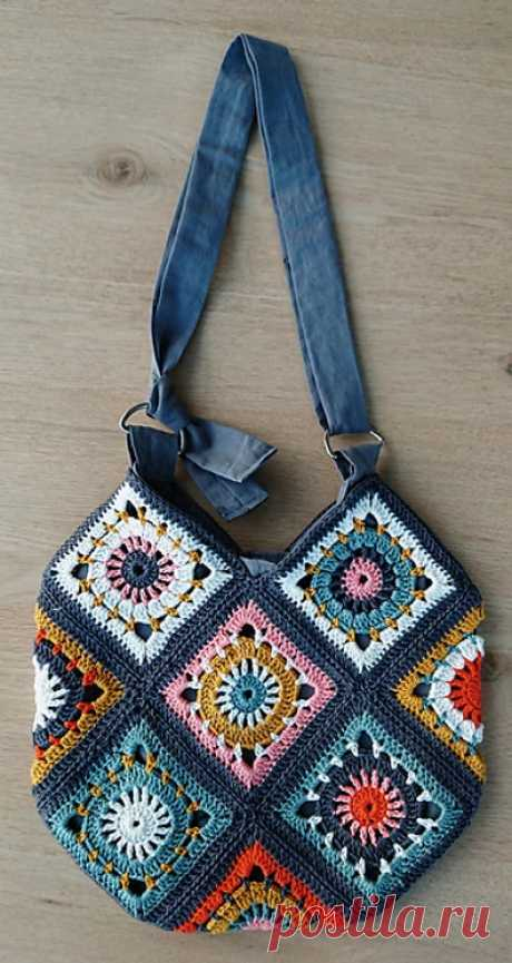Boho Granny Square Bag 001 - crocheted by Anne