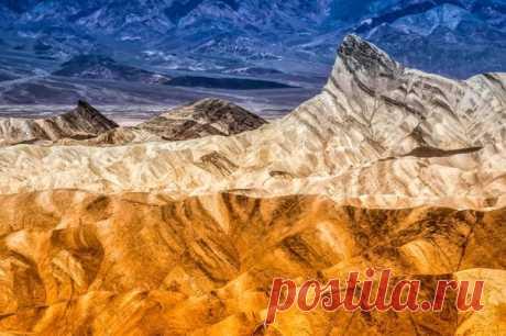 Water color. Death Valley, Zabriskie Point. California, USA. The author of a photo is Vladislav Belchenko:
