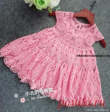 Летнее платье для девочки крючком Летнее платье для девочки крючком. Розовое платье с ажурными узорами для малышки 6-12 месяцев