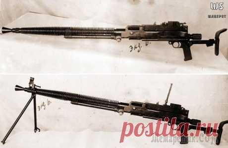 """Otro \""""Degtyar±v\"""" En los años de preguerra y durante la Gran Guerra Patria por las ametralladoras básicas del ejército Rojo era dos ametralladoras — de mano ДП-27 y la ametralladora pesada de Maxím. Con las modificaciones degtyar±vskogo del \""""martillo de mano\"""" equipaba..."""
