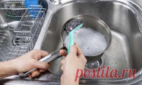 Как очистить кастрюли от сильного нагара внутри и снаружи