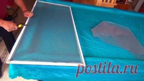Как самостоятельно заменить полотно москитной сетки