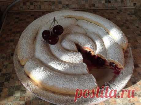 Хитрый вишнёвый пирог